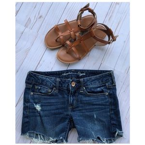 American Eagle Denim Distressed Size 2 Jean Shorts